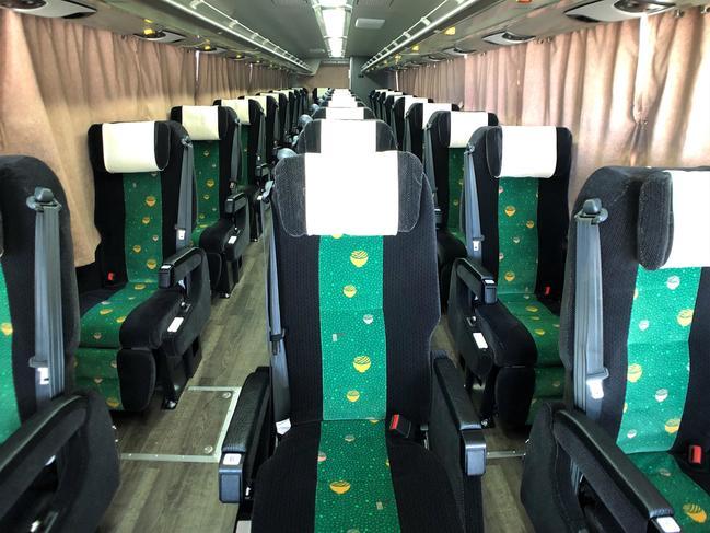 バス フット ゆったり3列独立シートで神戸~高松を移動! 高松エクスプレスの高速バス「フットバス(神戸うどん線)」乗車記